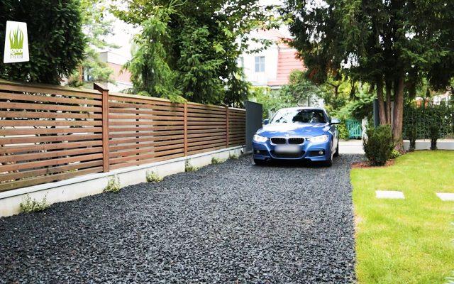 Waterpermeable driveway