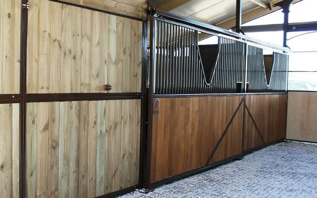 Stable and paddock reinforced with eco grids